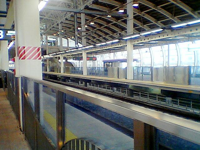 八戸駅新幹線ホーム