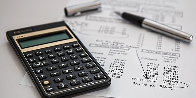 出力、刷版…これって何の料金?印刷見積りの内訳と解説