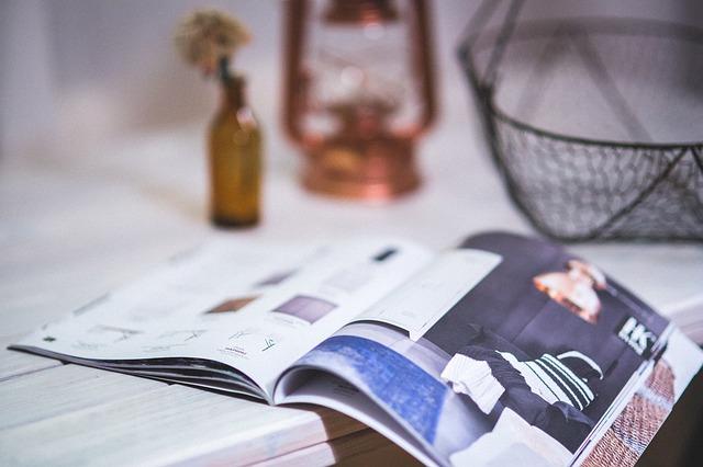 magazine-791046_640