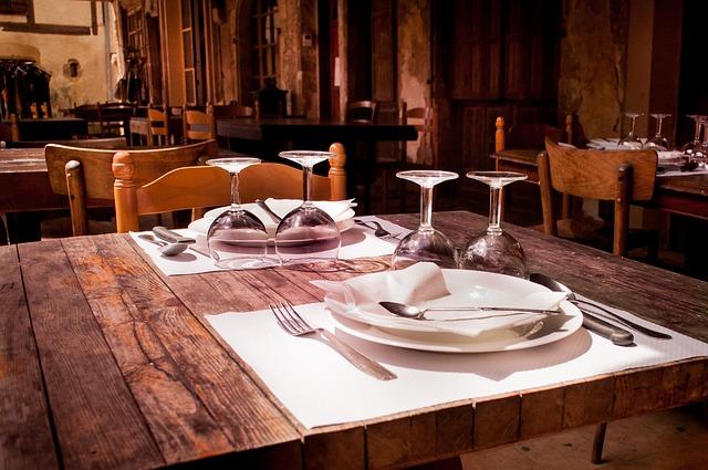 restaurant-738788_640