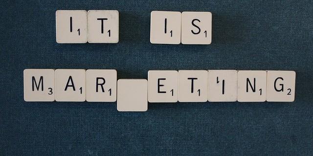 BtoBマーケティングとは?購買プロセスの特徴と施策