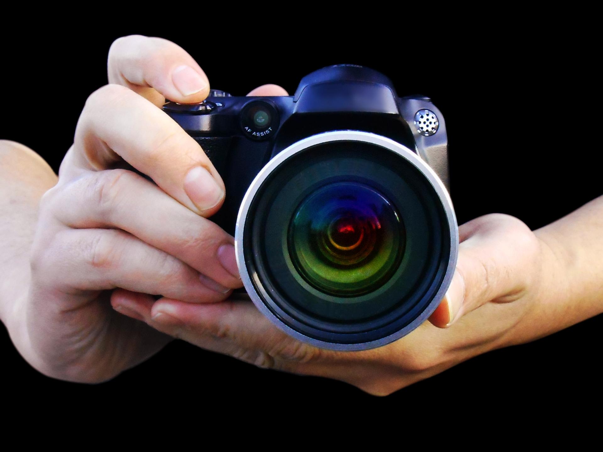 プロカメラマンを依頼する場合のメリット・デメリット、注意点とは?